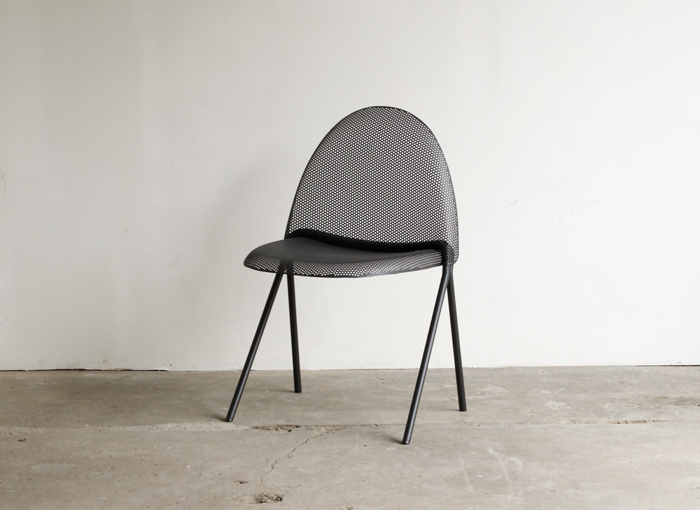 volume-chair_black-01