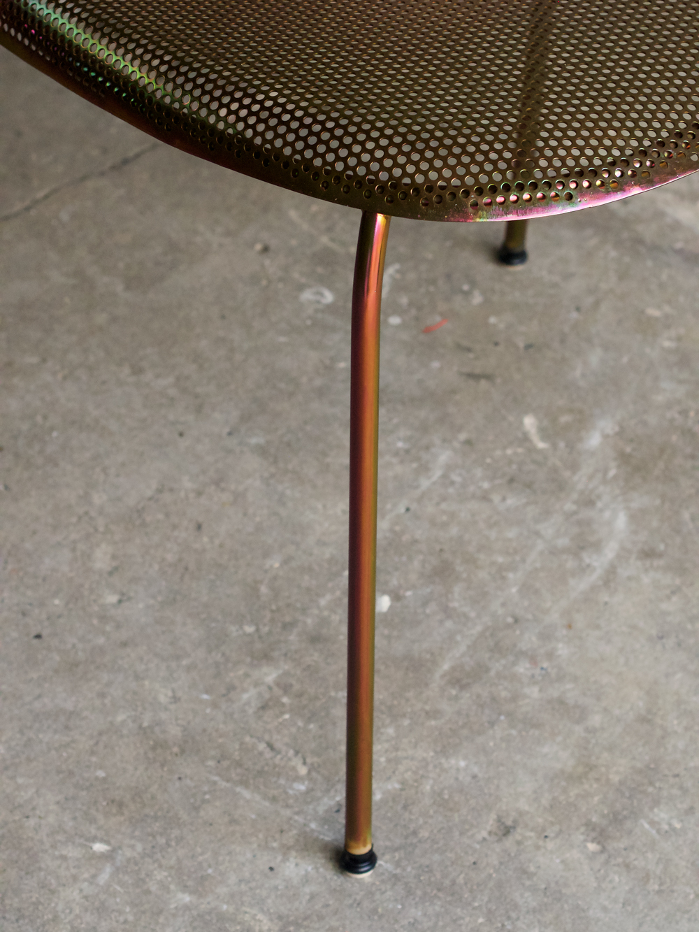 volume-chair_yellow-detail-01